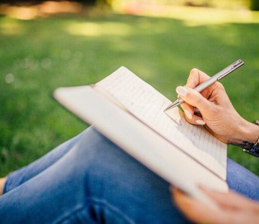 atelier-online-scriere-creativa-760x500